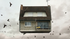 FLYING_HOUSES_laurentchehere.preview